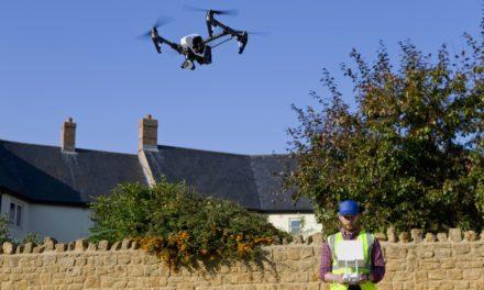 Immobilier : acheter un drone ou travailler avec un pilote professionnel ?